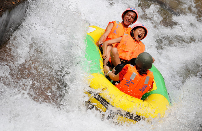 White water rafting China
