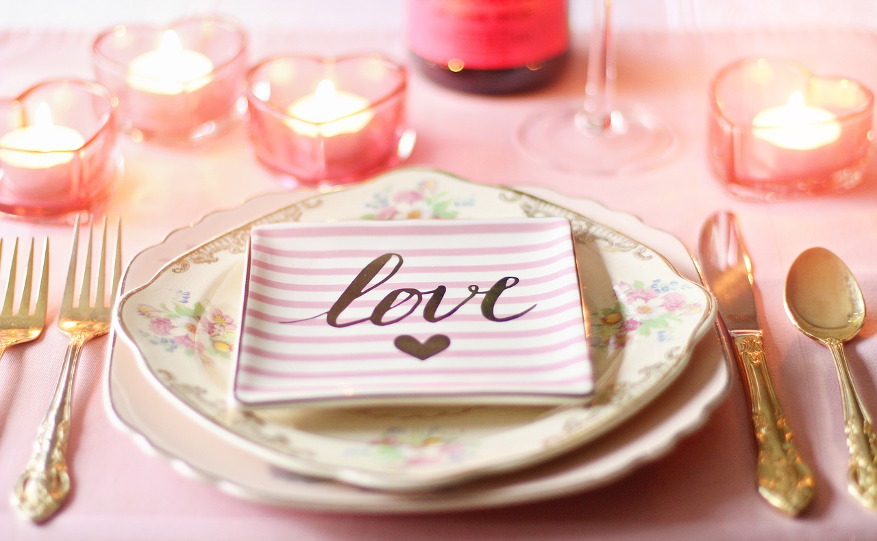 love napkin on china